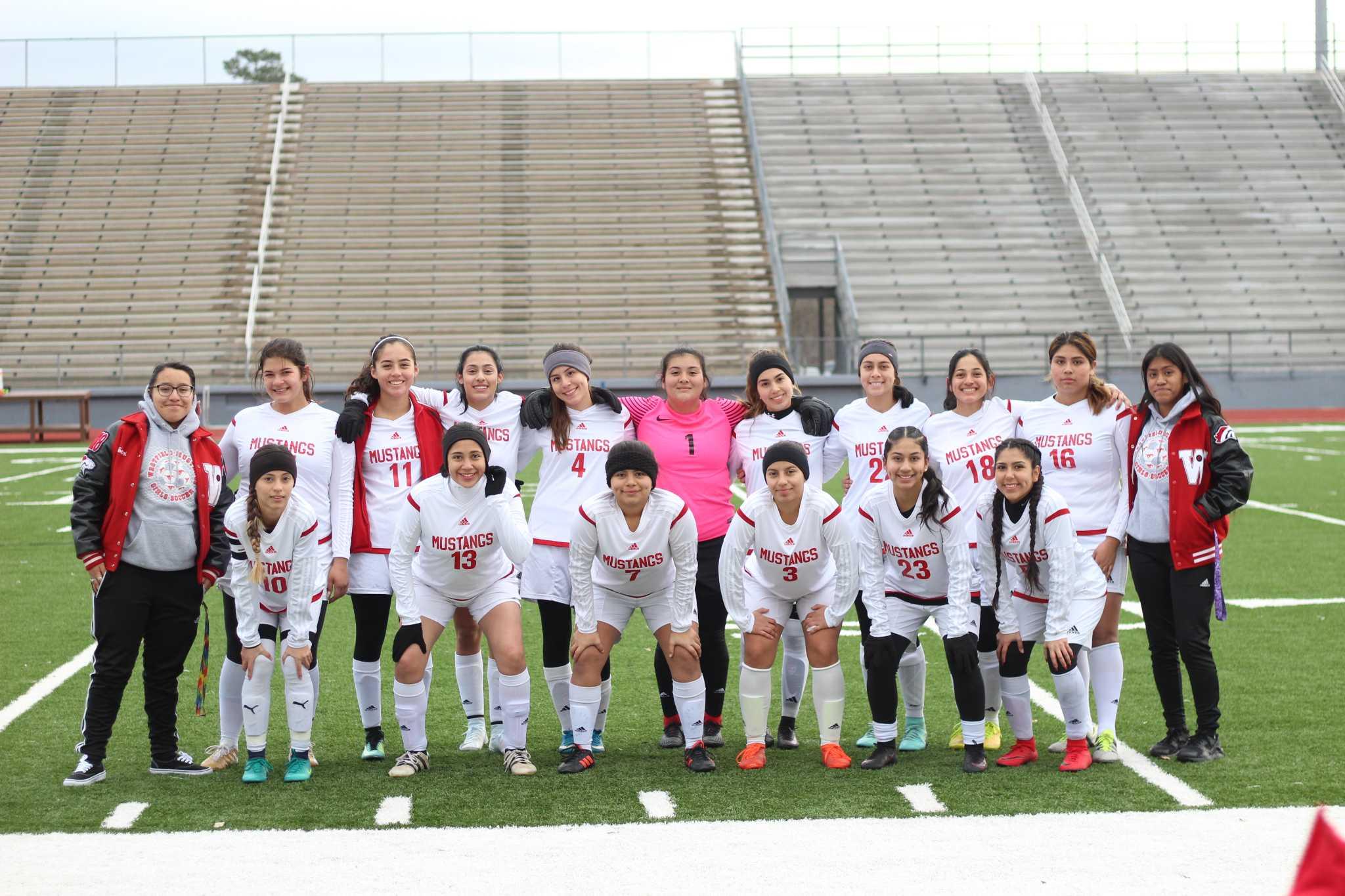LHS girls Association football