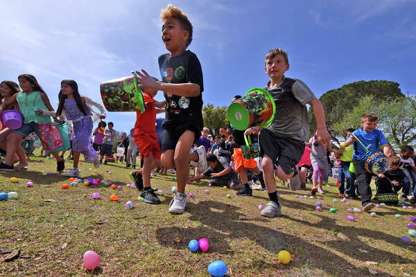 Community Easter Egg hunt featuring 25,000 easter eggs, hot dog lunch, and activities hosted by hosted by First Christian Church March 31, 2018, at Hill Park. James Durbin/Reporter-Telegram