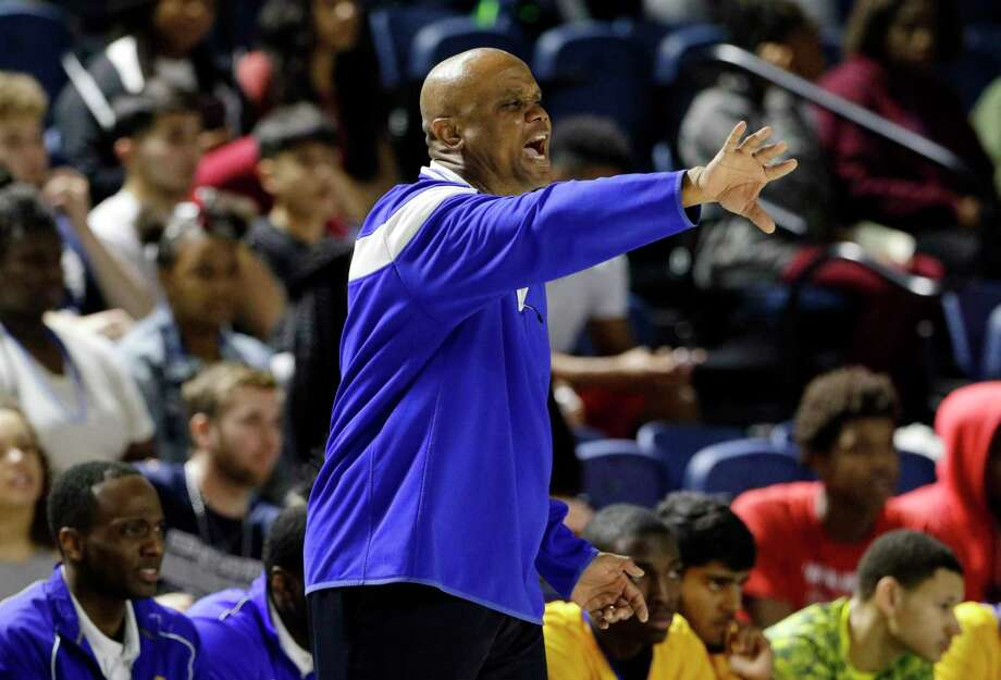 Elkins' head coach Albert Thomas during the first half of their Region 3 5A semi-final game against Bryan at Delmar Field House Friday, Mar. 2, 2018 in Houston, TX. (Michael Wyke / For the  Chronicle) Photo: Michael Wyke, Freelance / © 2018 Houston Chronicle