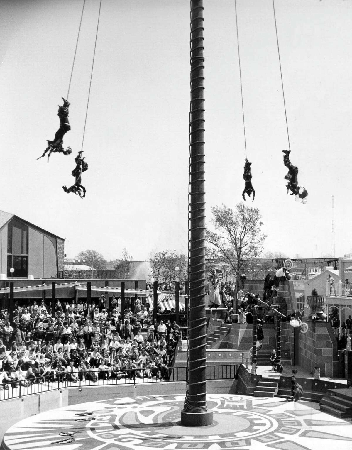 LOS VOLADORES DE PAPANTLA the flying Indians.Hemisfair S.A. Worlds Fair 1968 Credit:Zintgraff Photographers