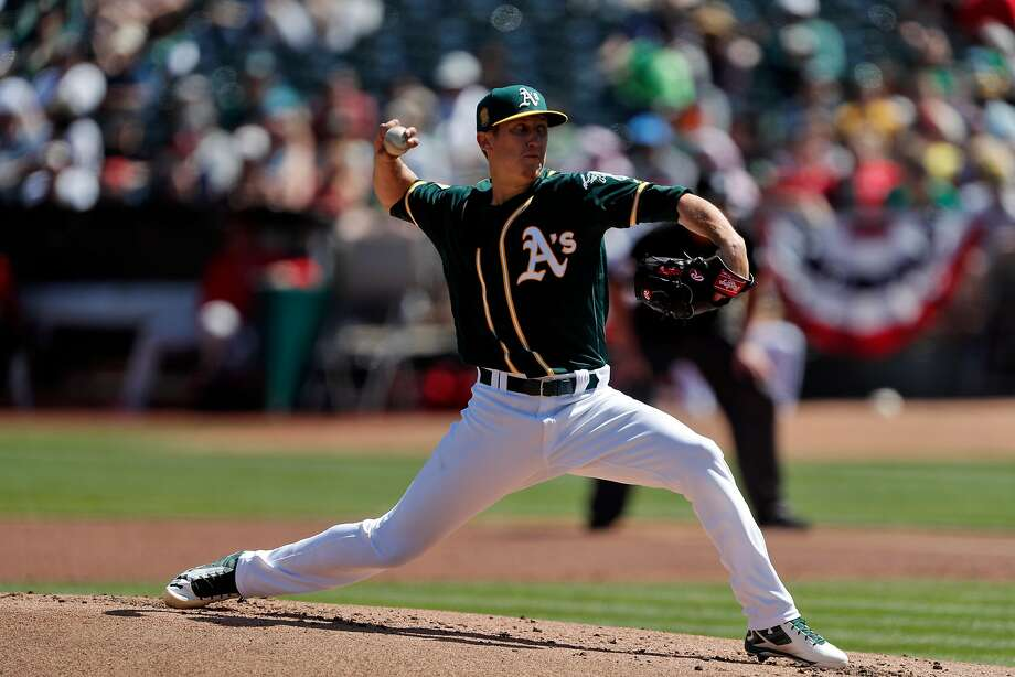 Daniel Gossett (48) pitches in the second inning as the Oakland Athletics played the Los Angeles Angels of Anaheim at the Oakland Coliseum in Oakland, Calif., on Sunday, April 1, 2018. Photo: Carlos Avila Gonzalez / The Chronicle