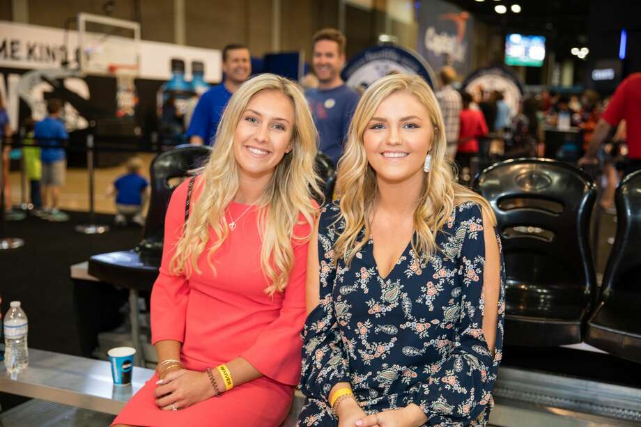 The Final Four Fan Fest at the Convention Center catered to the interactive wants of both kids and adults Sunday, April 1, 2018. Fans were also treated to appearances from Bill Walton, Clyde Drexler and Robert Horry. Photo: Marco Garza For MySA