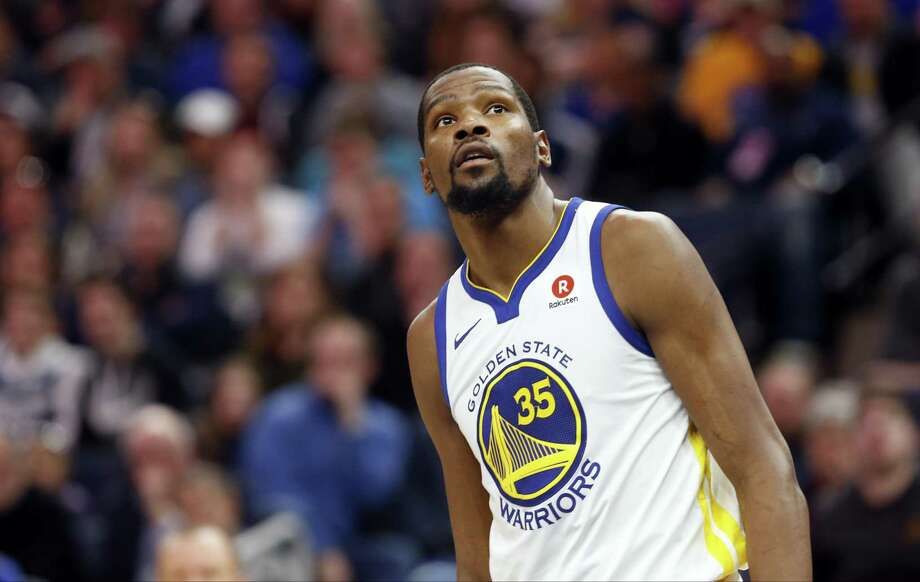 Golden State Warriors' Kevin Durant plays against the Minnesota Timberwolves in an NBA basketball game Sunday, March 11, 2018, in Minneapolis. (AP Photo/Jim Mone) Photo: Jim Mone, STF / Associated Press / Copyright 2018 The Associated Press. All rights reserved.