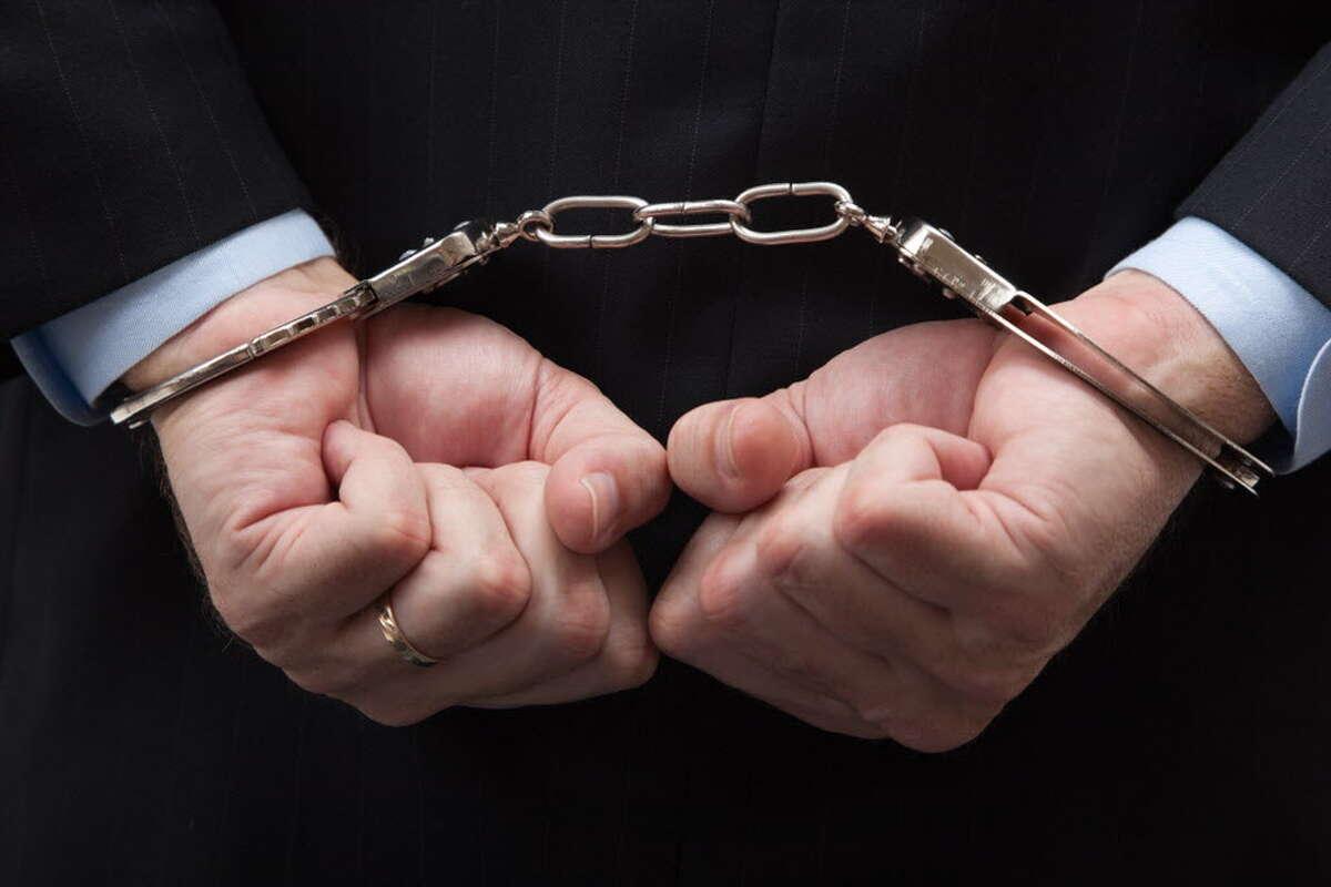 Handcuffs ORG XMIT: ALB1603301410386265