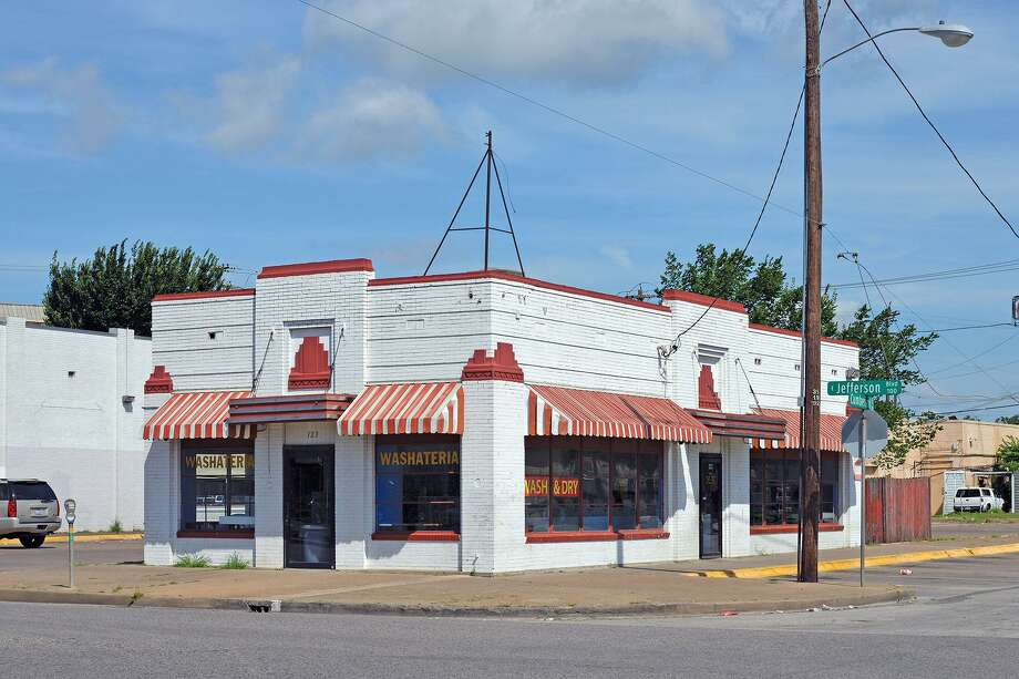 """Cabell's Dairy Shop No. 3, Dallas (1938)From """"DFW Deco,"""" by Jim Parsons and David Bush. Photo: Courtesy Of Jim Parsons And David Bush / Courtesy Of Jim Parsons And David Bush"""