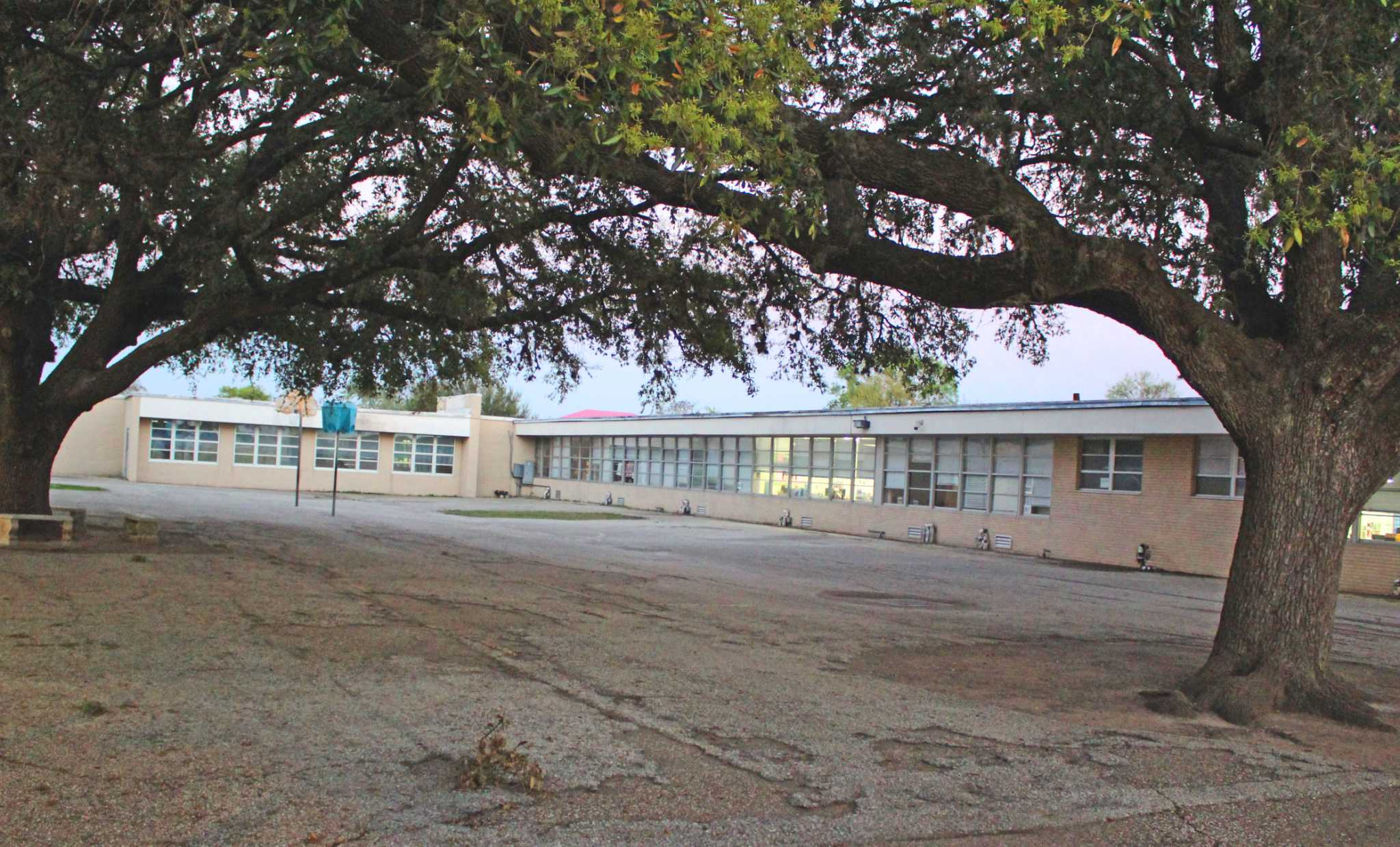 Sugar Land S Historic Lakeview Elementary Among Handful Of