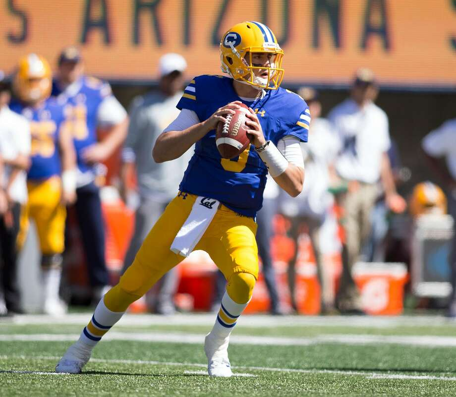 California quarterback Ross Bowers (3) drops back to pass against Southern California during the first quarter of an NCAA football game, on Saturday, Sept. 23, 2017 in Berkeley, Calif. Photo: D. Ross Cameron / Special To The Chronicle