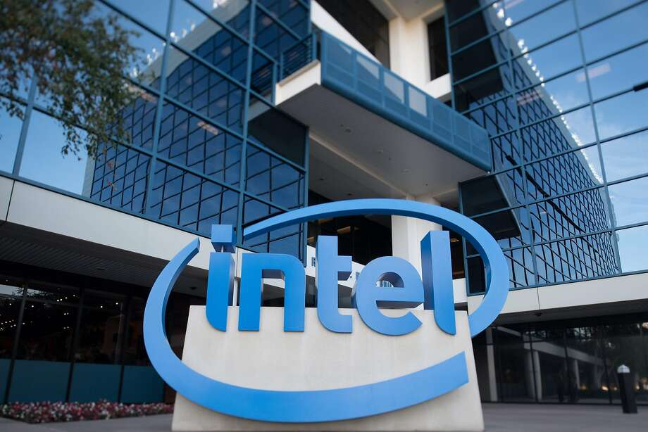 Chipmaker Intel's stocks fell on reports of Apple's intention to switch to its own chips. Photo: Josh Edelson / AFP / Getty Images 2016