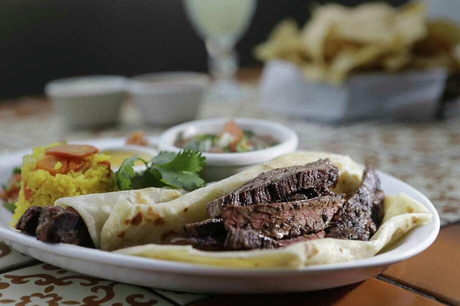 Tacos al carbon at the Original Ninfa's on Navigation from chef Alex Padilla. Photo: Melissa Phillip, Staff / Houston Chronicle / © 2018 Houston Chronicle