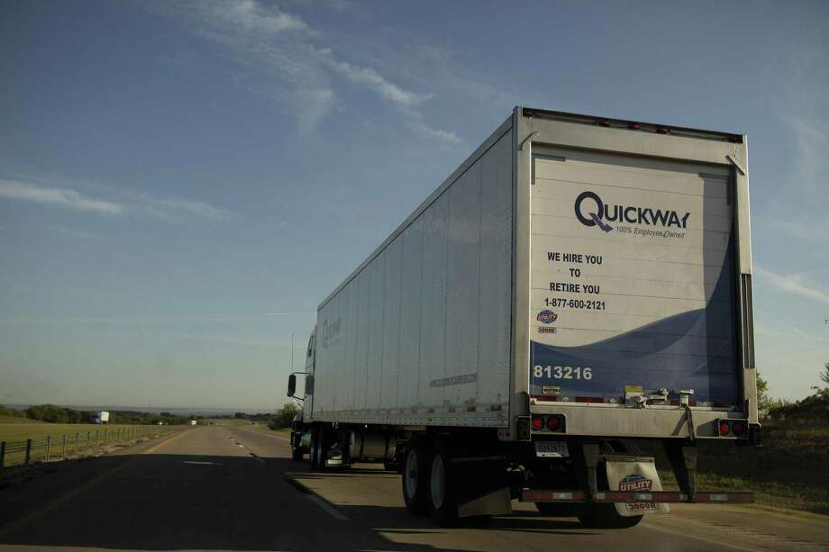On Sunday, police nationwide began enforcing rules requiring most big rigs to use electronic logging devices to record driver hours. Photo: Victor J. Blue, Stf / Bloomberg / Bloomberg