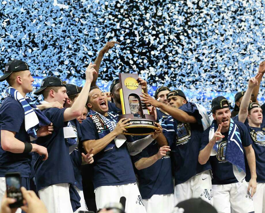 Villanova celebrates in the final game of the NCAA National Basketball Championships at the Alamodome on April 2, 2018. Photo: Tom Reel, San Antonio Express-News / 2017 415916Z.1 ANTONIO EXPRESS-NEWS