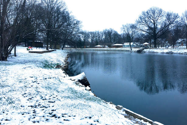 Edwardsville-area residents woke up Monday morning to snow-covered cars and temperatures in the 20s. A cold front moved in Saturday night and Sunday; April Fool's Day saw a rare early-spring snowfall. The prevalent pattern of cool temperatures, rain and little to no sun is expected to continue through the week.