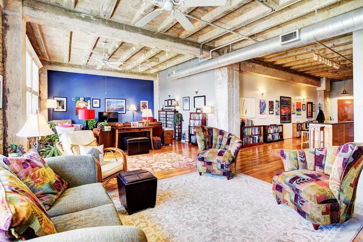 201 Main St. #4FNeighborhood: DowntownList price: $274,900Square footage: 1,388Beds/baths: 1/1