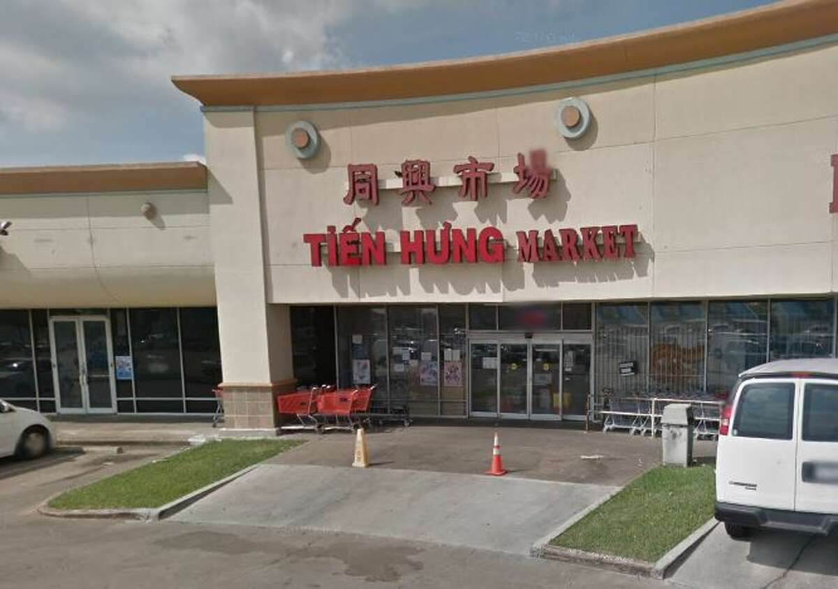 Tien Hung 8200 Wilcrest Ste. 16 Houston, TX 77072 Demerits: 45 Inspection Highlights:Observed live roaches and rat drooping on floor in the kitchen, storage and restrooms. Eliminate the presence of rat and roaches on the premises. Citation issued.