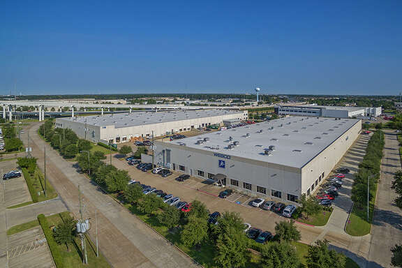 A subsidiary of STAG Industrial has purchased the Brookhollow West Business Park, consisting of two fully leased warehouse buildings totaling 232,950 square feet in northwest Houston. HFF represented the seller, AIV, Inc. The property is at 7140 and 7049 West Sam Houston Parkway North near U.S. 290.