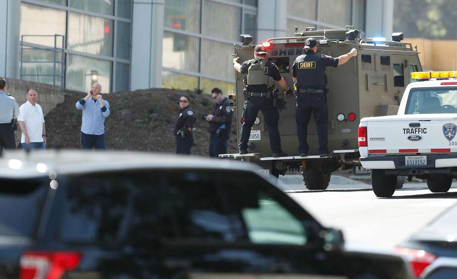 Police respond to active shooter situation at YouTube facility in San Bruno, Calif., on Tuesday, April 3, 2018. Photo: Scott Strazzante / The Chronicle