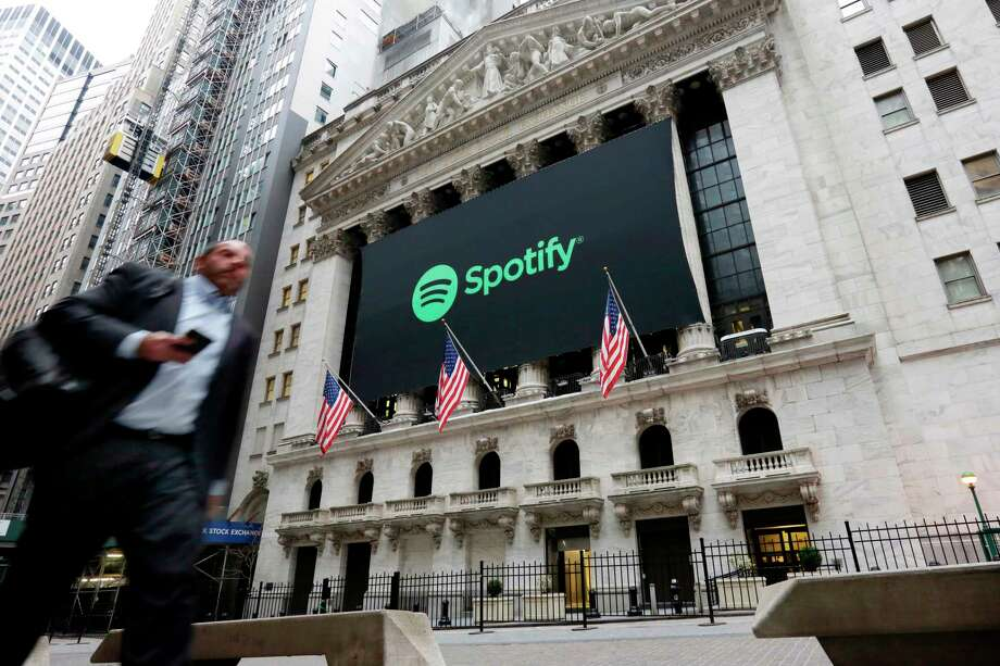 spotify greeted on nyse with wrong flag they re swedish not
