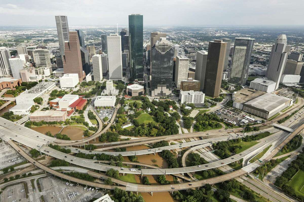 Waters levels of Buffalo Bayou have receded near downtown in the aftermath of Tropical Storm Harvey on Wednesday, Aug. 30, 2017, in Houston. ( Brett Coomer / Houston Chronicle )
