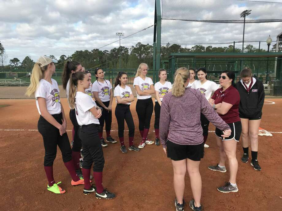 The St. Luke's softball team spent spring break in florida training at the ESPN Wide World of Sports Complex at Disney World in Florida. Photo: Contributed Photo / New Canaan News contributed