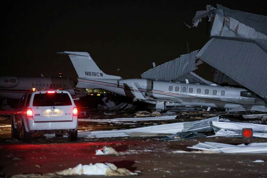 High winds damaged an airplane hangar at William P. Hobby Airport Wednesday, April 4, 2018, in Houston. Photo: Godofredo A. Vasquez, Houston Chronicle