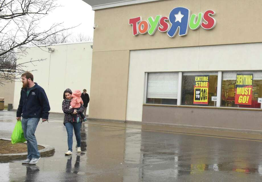 Going out of business signs are seen on the Toys R Us store on Wolf Rd. on Tuesday, April 3, 2018 in Colonie, N.Y. (Lori Van Buren/Times Union) Photo: Lori Van Buren, Albany Times Union / 20043410A