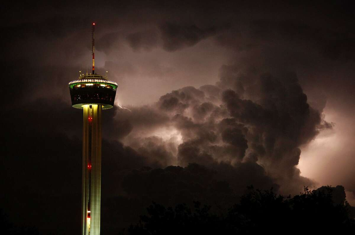 Lightning strikes and 77 mph winds wreaked havoc on San Antonio's power grid at the start of the three-day weekend.
