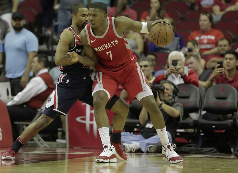 Houston Rockets guard Joe Johnson (7) makes his way to the baseline agains the Washington Wizards at the Toyota Center on Tuesday, April 3, 2018, in Houston. Rockets won the game 120-104.( Elizabeth Conley / Houston Chronicle ) Photo: Elizabeth Conley, Chornicle / Houston Chronicle / © 2018 Houston Chronicle