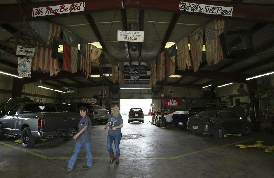Linda Barden, who manages Jim's Loop Auto Repair, and other South Side business owners are worried about the city's initiative to downzone their properties. Photo: Kin Man Hui /San Antonio Express-News / ©2018 San Antonio Express-News