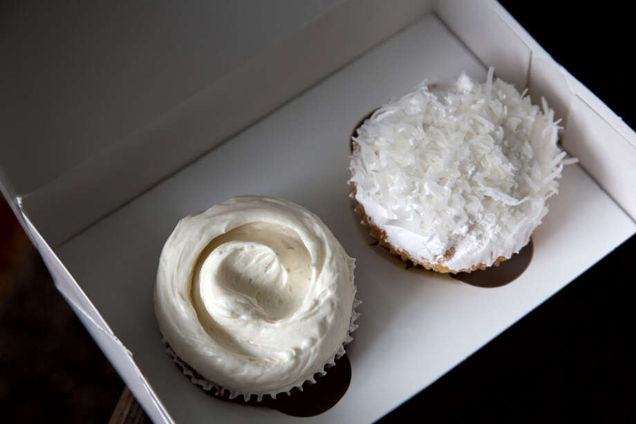 Two cupcakes in a box. Photo: Graham Crouch / Getty Images
