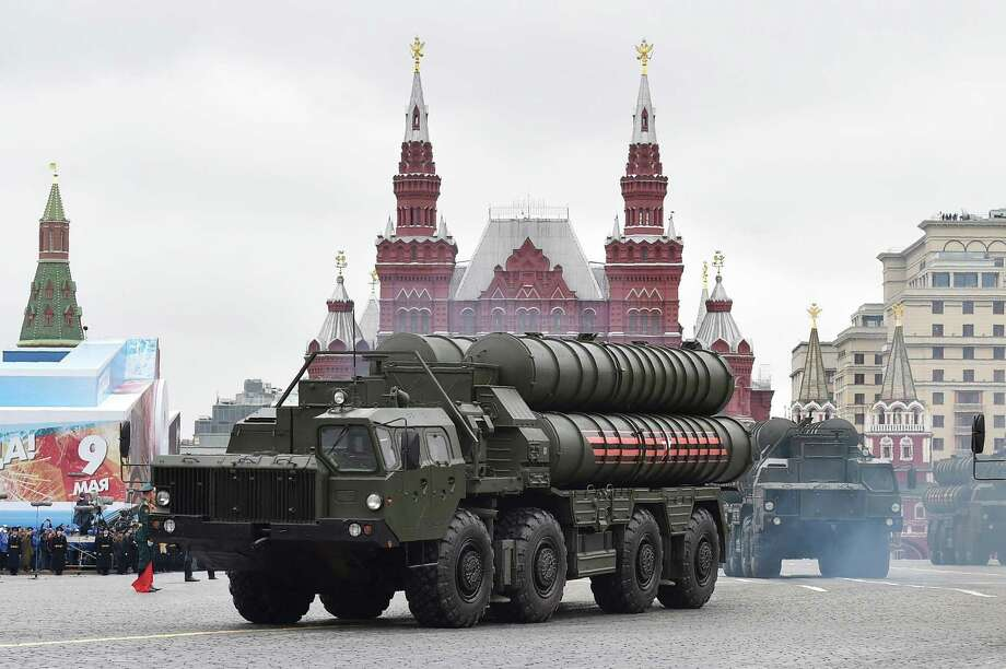 (FILES) This file photo taken on May 9, 2017 shows Russian S-400 Triumph medium-range and long-range surface-to-air missile systems riding through Red Square during the Victory Day military parade in Moscow. Russian President Vladimir Putin on April 3, 2018 said he had agreed with Turkish counterpart Recep Tayyip Erdogan to speed up the delivery of S-400 air defence missile systems to Ankara, a purchase that has alarmed Turkey's NATO partners.  / AFP PHOTO / Natalia KOLESNIKOVANATALIA KOLESNIKOVA/AFP/Getty Images Photo: NATALIA KOLESNIKOVA, Contributor / AFP/Getty Images / AFP