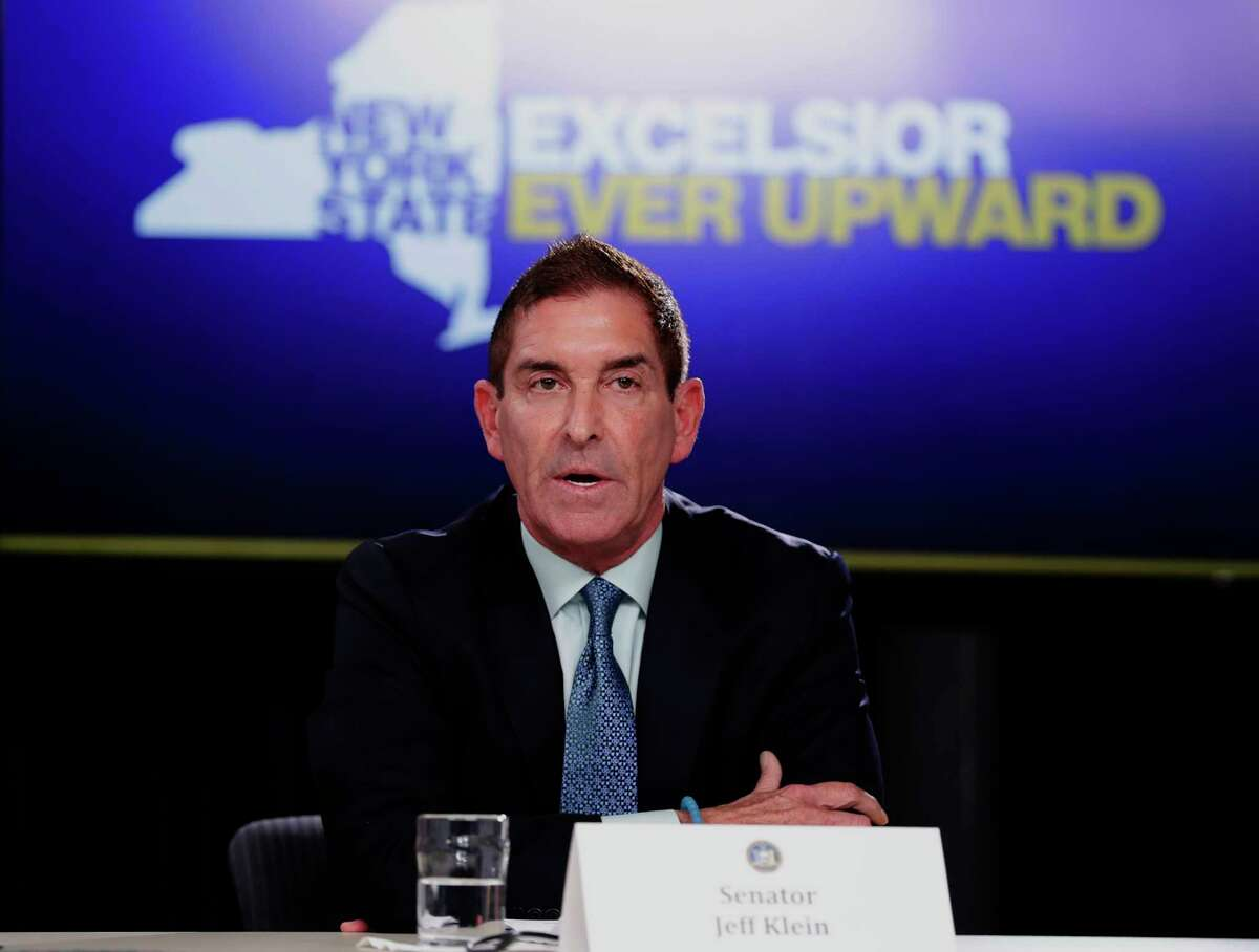 New York Independent Democratic Conference Leader Sen. Jeff Klein, D-Bronx, right, Wednesday, April 4, 2018, in New York. (AP Photo/Frank Franklin II)