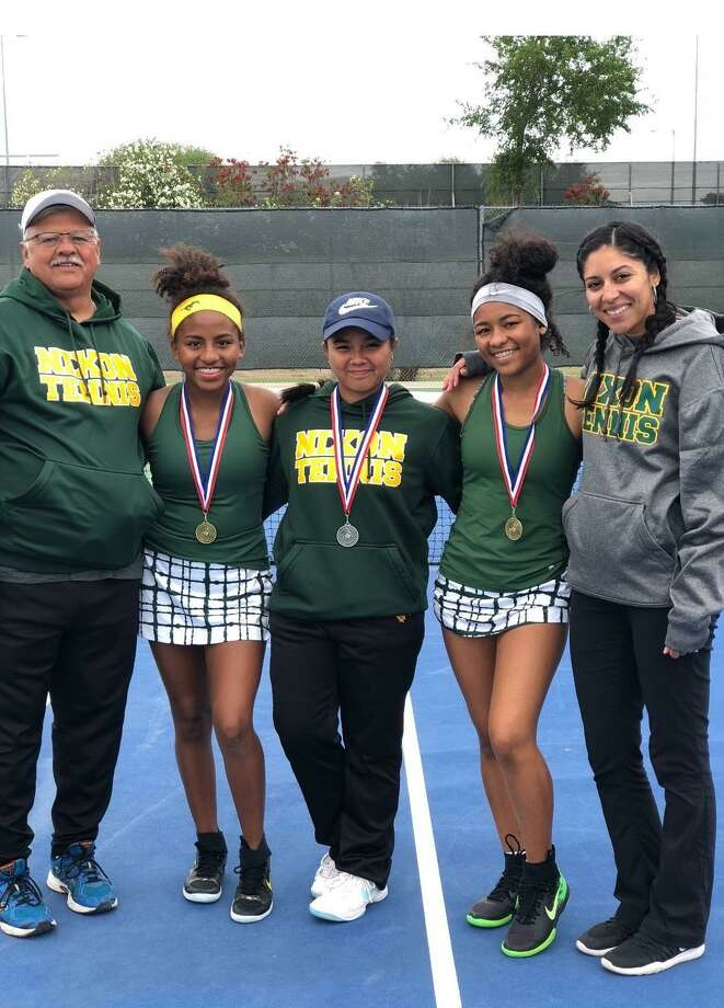 Nixon's Ashley and Jazmine Flood and Mary Cobarde, center, all advanced to the regional tournament. Pictured with the athletes are head coach Oscar Gutierrez and assistant coach Veronica Mendiola. Photo: Courtesy Photo