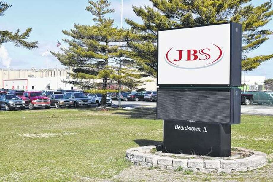 JBS USA, a pork-processing plant in Beardstown, is hiring 200 additional workers for four new production lines that will be added in about five months. Photo: Greg Olson | Journal-Courier