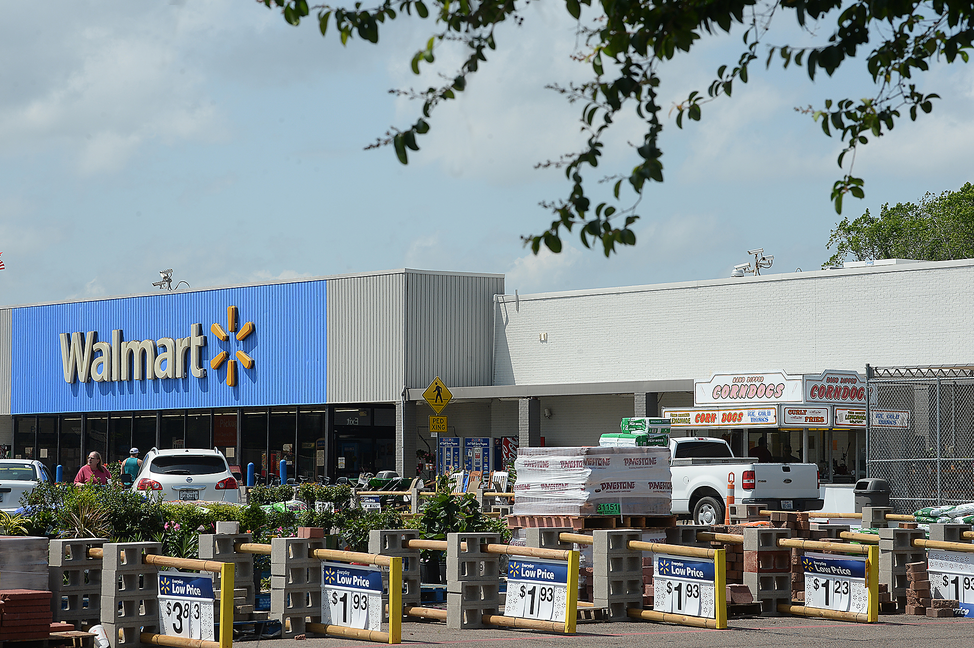 bridge city walmart getting upgrade  but what will happen with the corndog stand