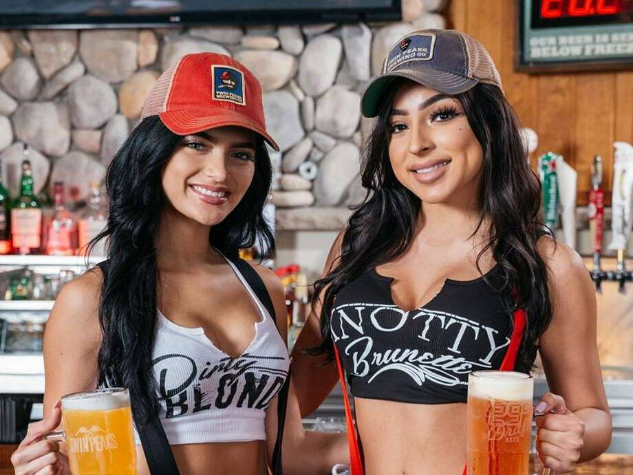 As Hooters' sales slump, Twin Peaks is on the rise. Photo: Twin Peaks