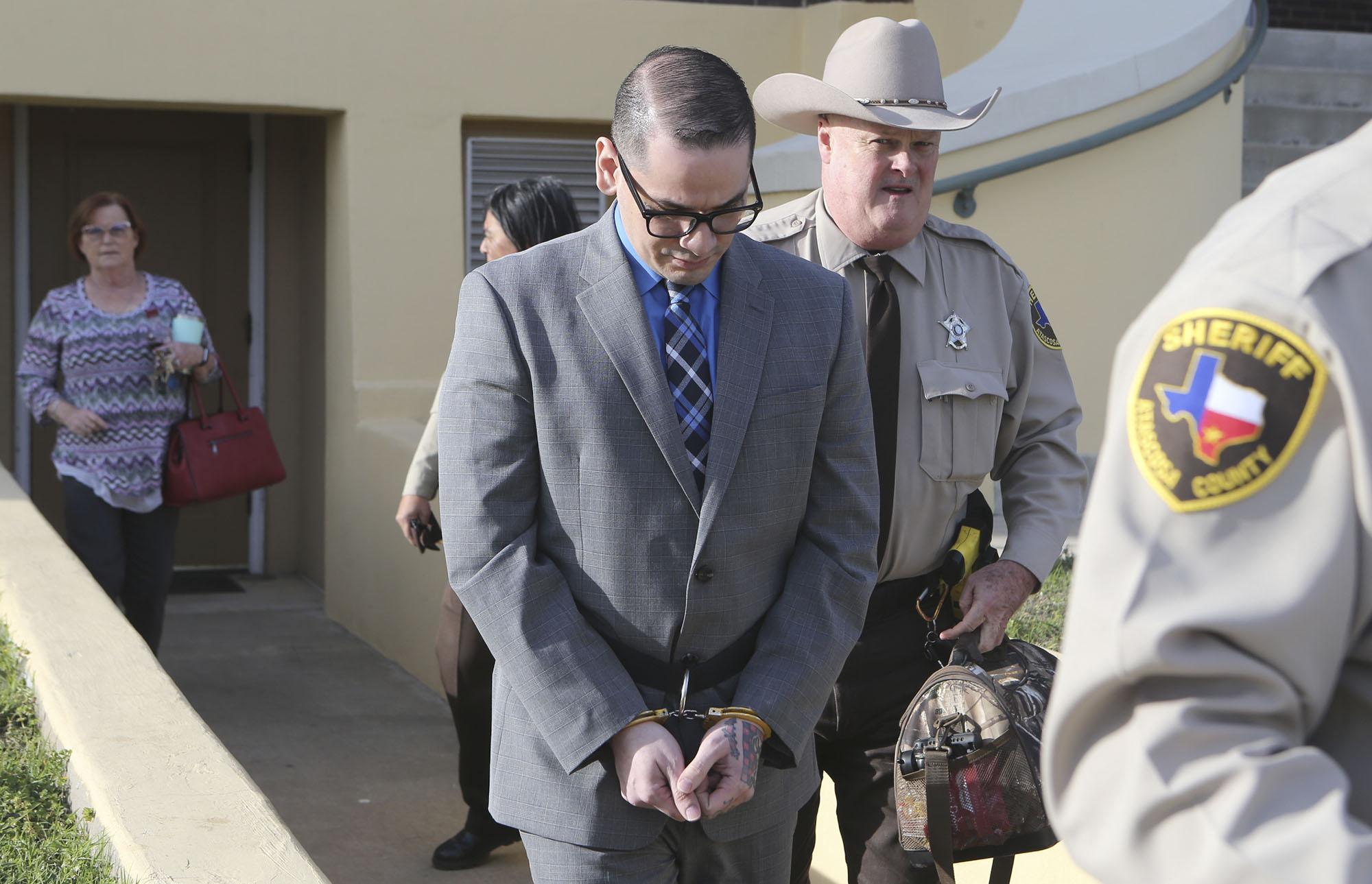 079fc04dd59 Jury has cop killer case - San Antonio Express-News