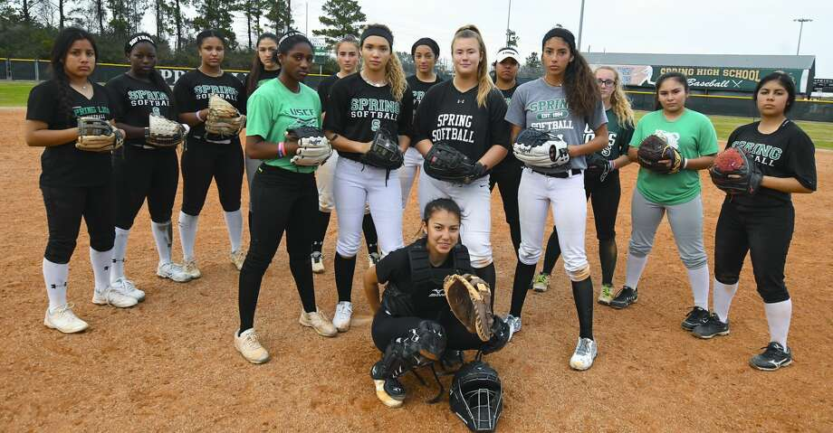 Front row top players (CF) Aziah James, (P) Kaelyn Roberts, (C) Chloe Gomez, (FB) Jadlyn DeWittle, (RF) Madalynn Leal. Back row Dalilah Bravo, Brelyn  Senegal, Gabby Vasquez, Mariah Mungia, Jayla Park, Jayda Williams, Brittney Vazquez, Shelby Pelton, Melissa Martinez, Leilani Navarrete. The Spring soft ball team is one of the best team in the Houston area and are preparing for their game Friday against the Pearland Oilers. Photo: Tony Gaines/ HCN/HCN