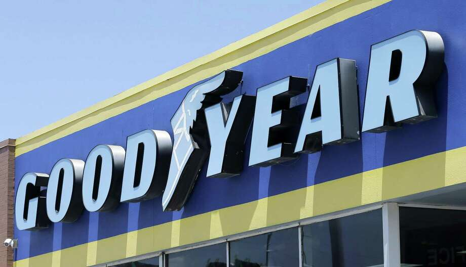 The Goodyear investigation covers about 40,000 tires made from 1996 to 2003 Photo: Alan Diaz, STF / Associated Press / Copyright 2017 The Associated Press. All rights reserved.