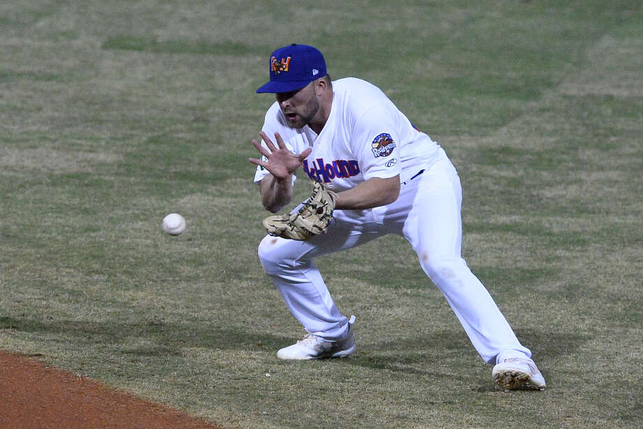 RockHounds' JP Sportman makes a catch against Springfield April 5, 2018, at Security Bank Ballpark.  James Durbin/Reporter-Telegram Photo: James Durbin