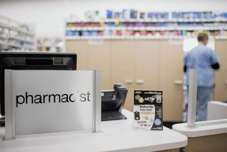 A pharmacy counter in a Walgreens Boots Alliance store in Elmwood Park, Illinois, on April 5, 2016. Photo: Christopher Dilts/Bloomberg / Bloomberg