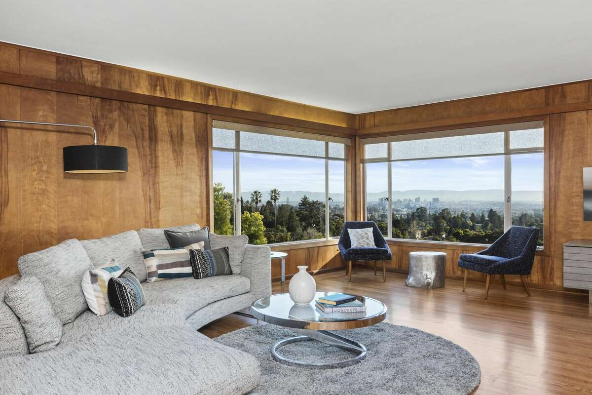 With a Mid-century modern vibe, this Berkeley home at 1 Evergreen Ln. has sweeping views across the Bay from every level.