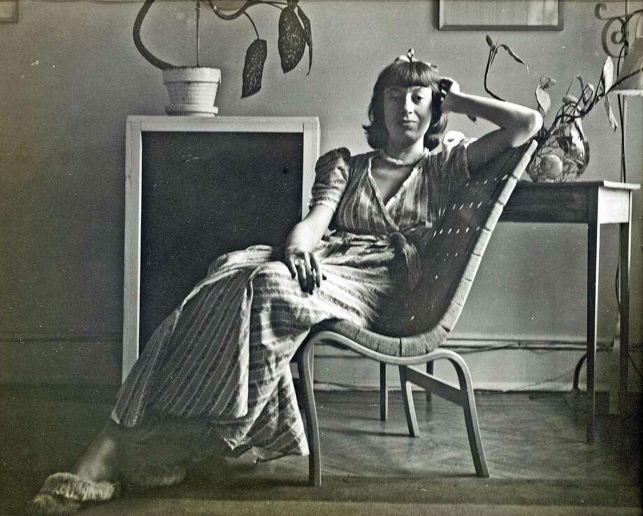Lee Krasner, ca. 1942. Photo: Photograph By Maurice Berezov / Copyright A.E. Artworks LLC. / Copyright A.E. Artworks, LLC.