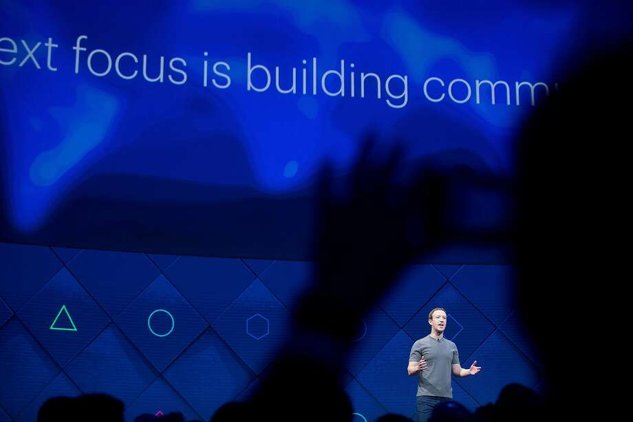 Amid Mark Zuckerberg's ironclad control, a consensus is growing that Facebook needs a dramatic change. Photo: Noah Berger / Associated Press 2017
