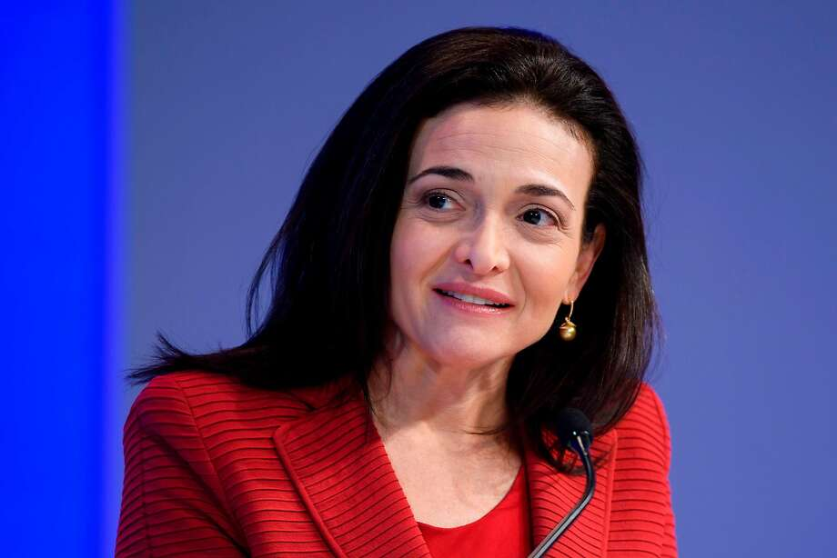 Facebook executive Sheryl Sandberg will discuss the crisis with the EU justice commissioner. Photo: Fabrice Coffrini / AFP / Getty Images 2017