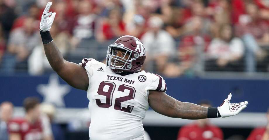 ARLINGTON, TX - SEPTEMBER 23: Texas A&M Aggies defensive tackle Zaycoven Henderson (#92) looks to the sideline for a play during the college football game between the Arkansas Razorbacks and Texas A&M Aggies on September 23, 2017 at AT&T Stadium in Arlington, Texas.  Texas A&M won the game 50-43 in overtime.  (Photo by Matthew Visinsky/Icon Sportswire via Getty Images) Photo: Icon Sportswire/Icon Sportswire Via Getty Images