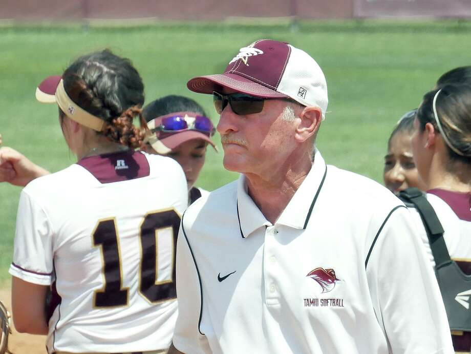 Head coach Scott Libby has guided the Dustdevils softball team to a Heartland Conference tournament berth in all of his 10 seasons. Photo: Cuate Santos /Laredo Morning Times File / Laredo Morning Times