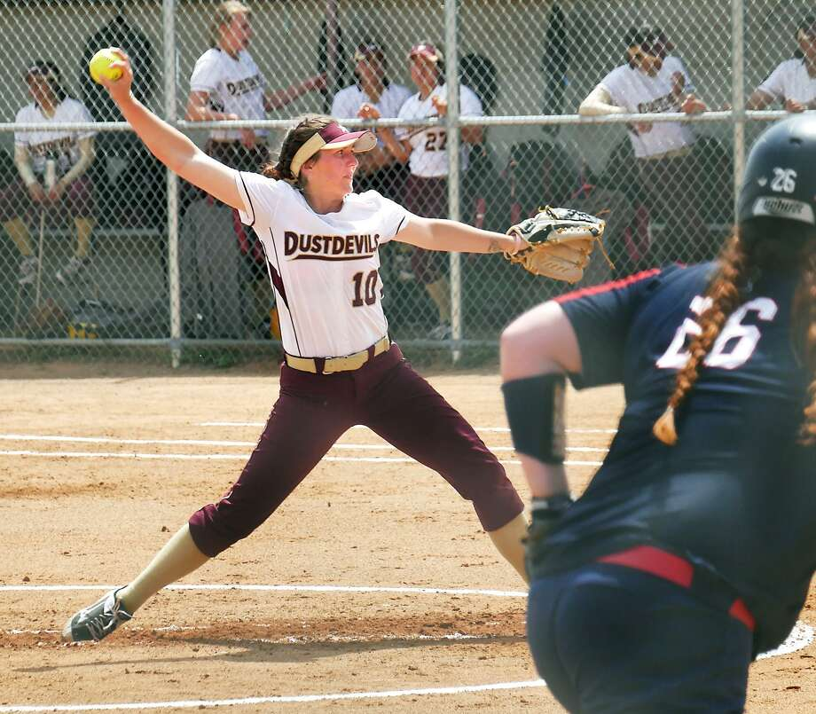 TAMIU (21-28) will kick off its doubleheader with the No. 9 Rambelles on Monday at 12 p.m. Photo: Cuate Santos /Laredo Morning Times File / Laredo Morning Times