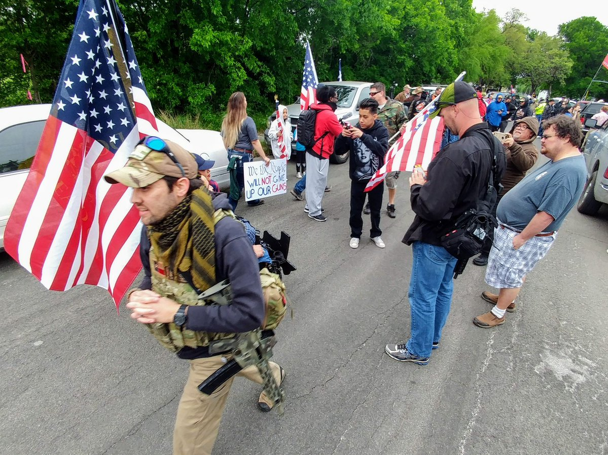 Open Carry Texas Rallies In Olmos Park Calling For The
