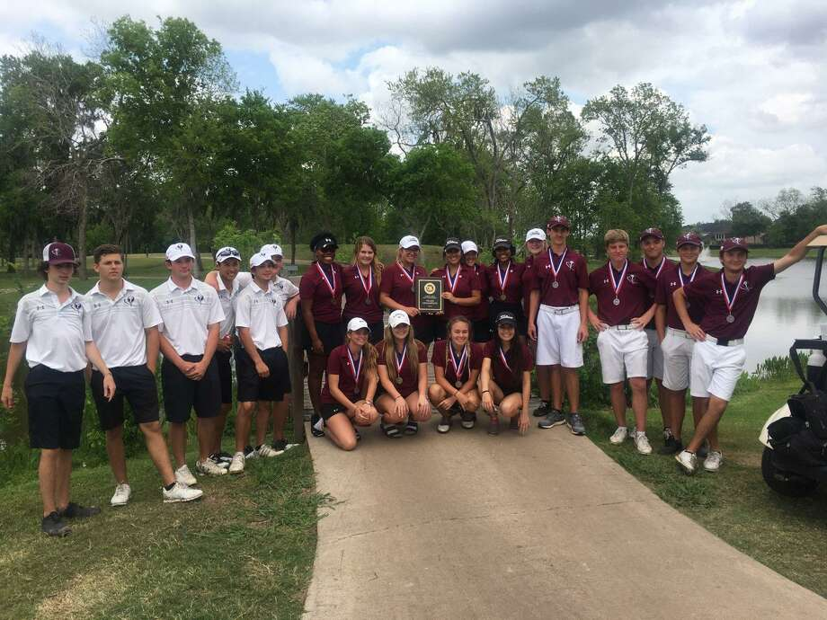 Both Pearland girls' golf teams and the Oiler boys' No. 1 golf team have qualified for the Region III-6A tournament in Mont Belvieu Photo: Submitted Photo
