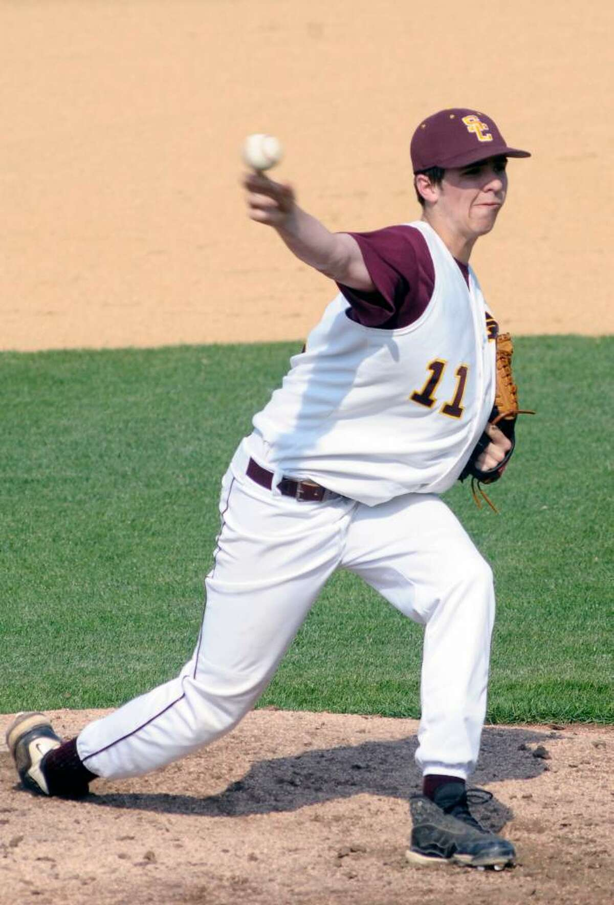 Colonie's Chris Kearney pitches to Saratoga. (Hans Pennink/Special to the Times Union)